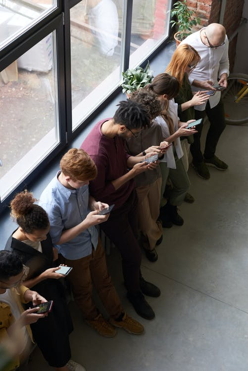 """Why Your Smartphone May Be Responsible For Your """"Text Neck"""""""